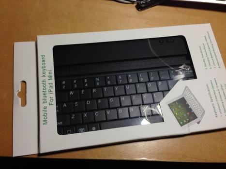 Mobile bluetooth keyboard For iPad Mini